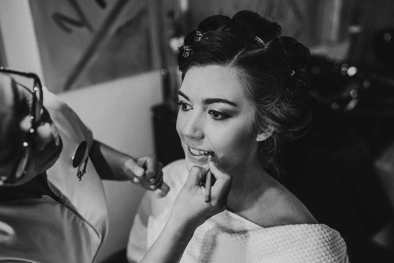 royalton riviera bride having lipstick applied